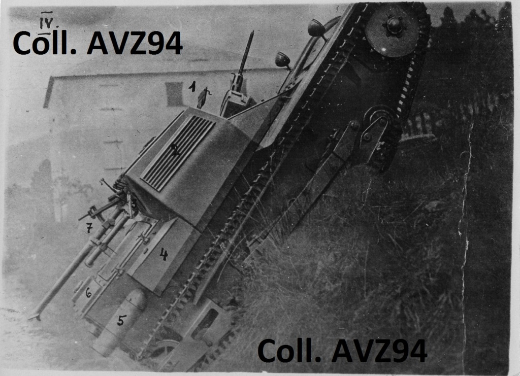 Italie - Char léger CV3/33 - Page 2 2021-103