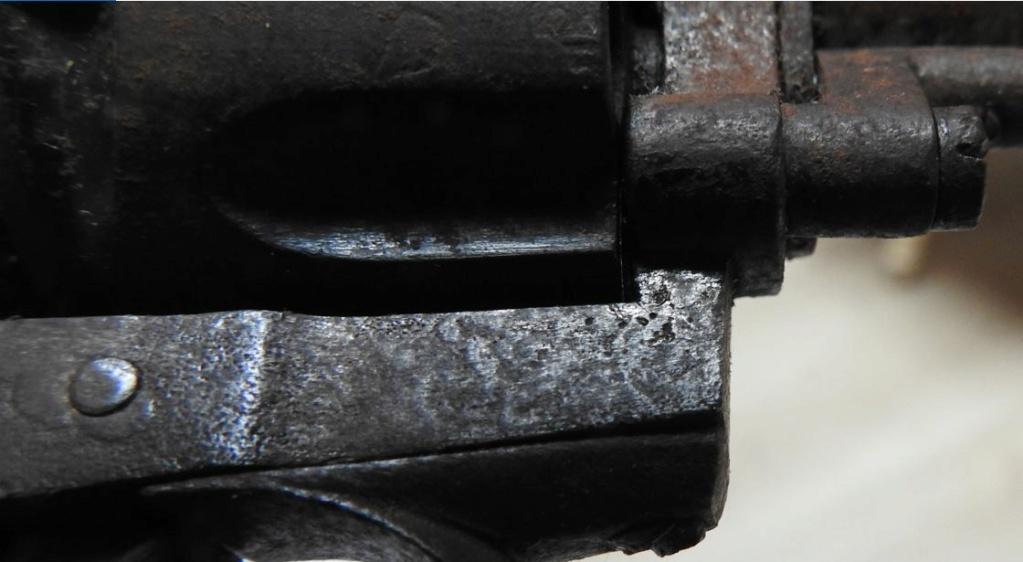 Identification d'un revolver 210