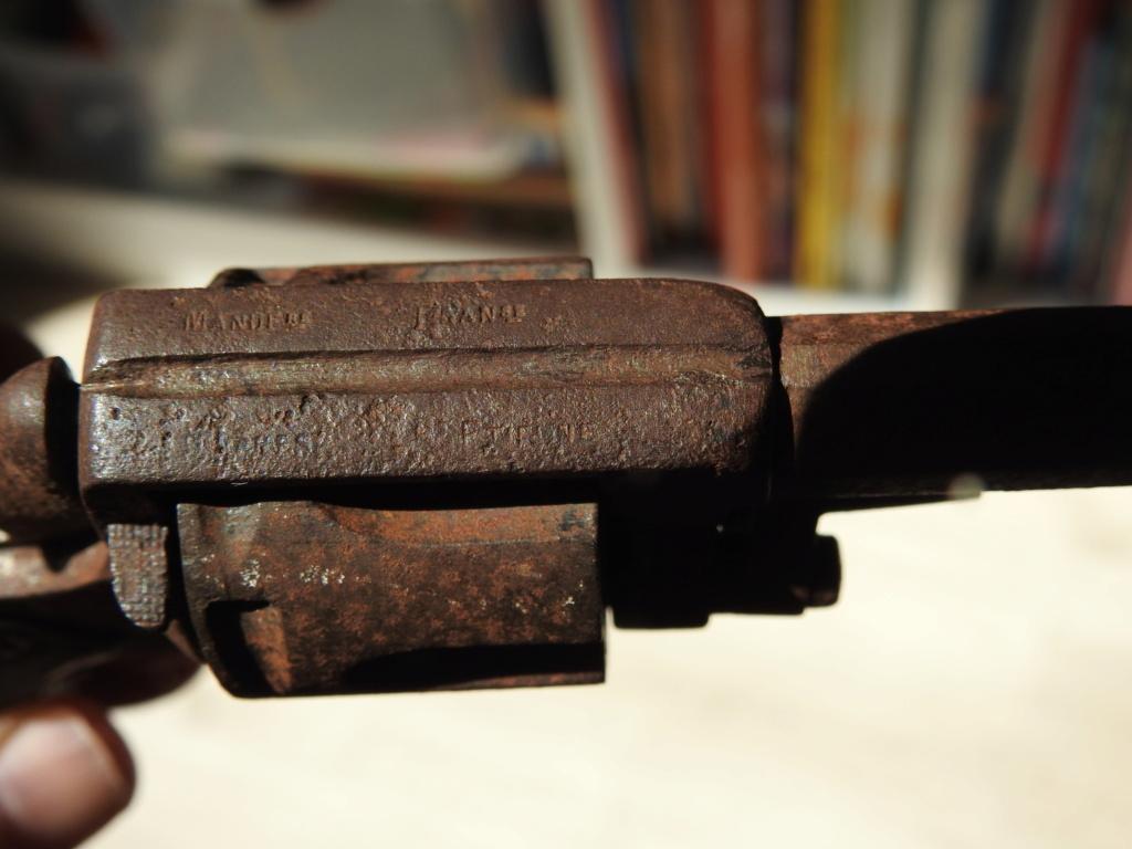 Identification d'un revolver Dscn4814