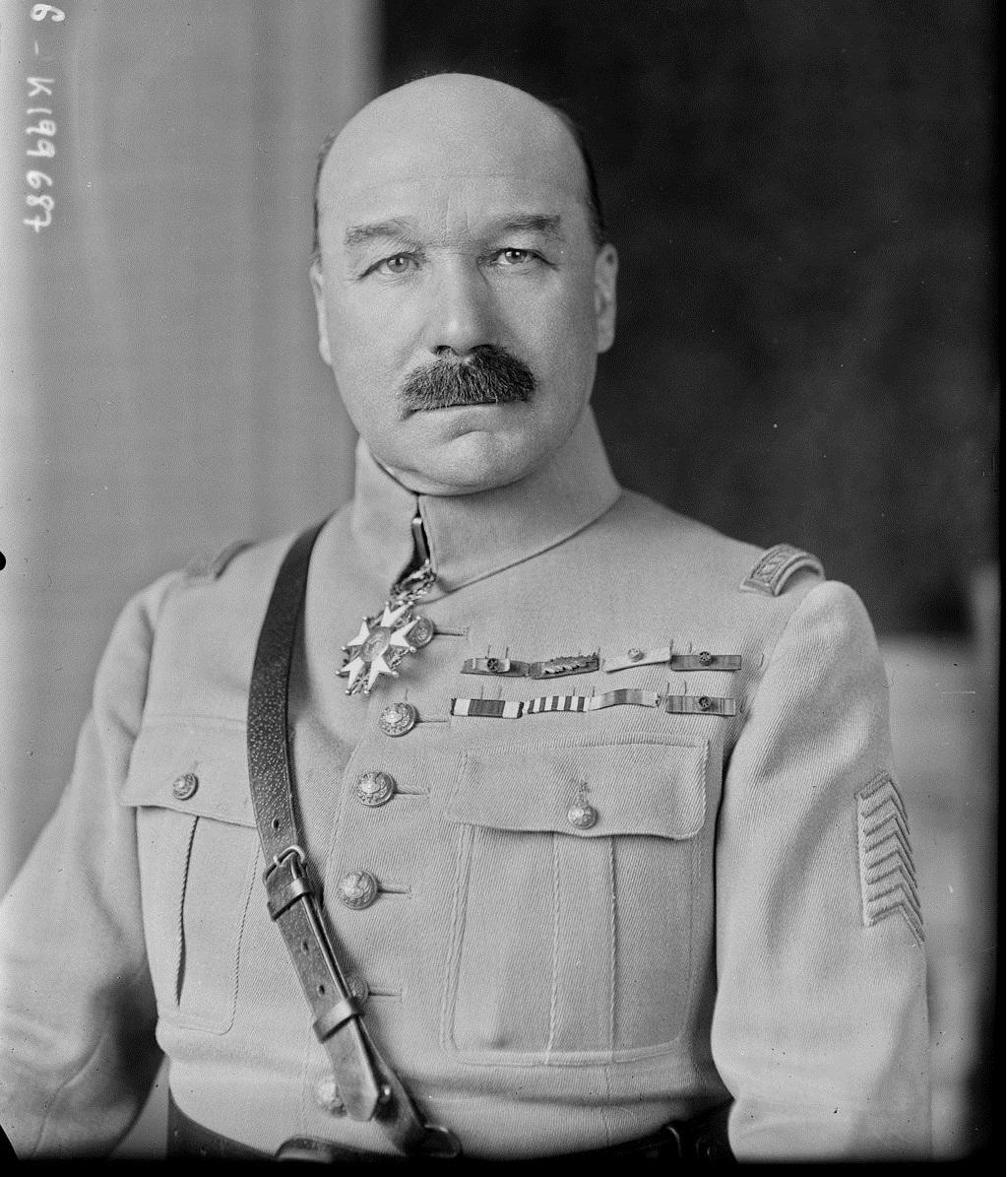 Général Echard Gzonz700