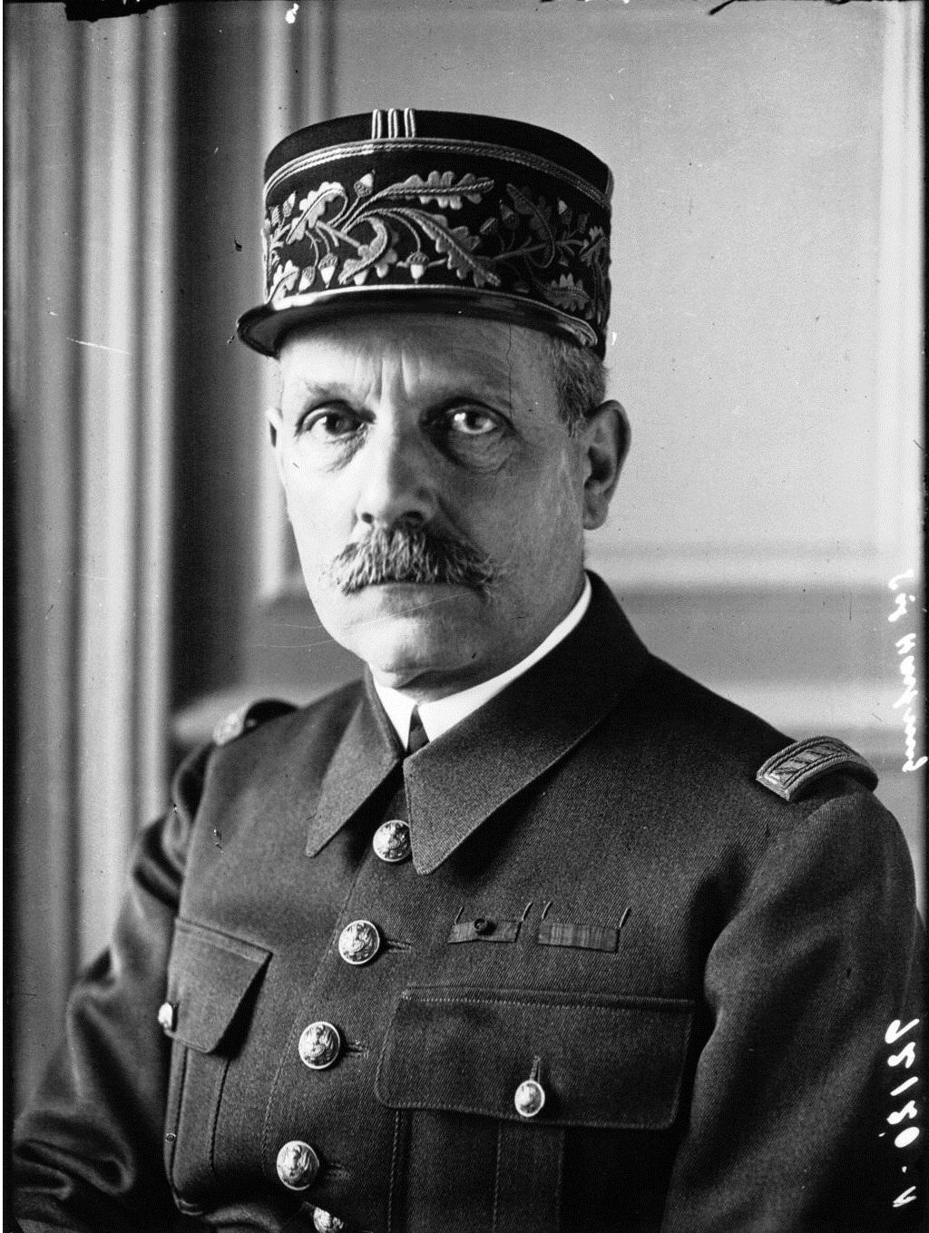Général Hartung Gzonz706