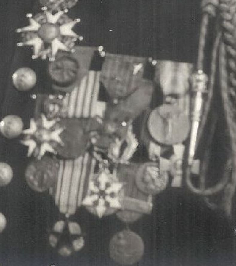 identification de médailles Mzodai12