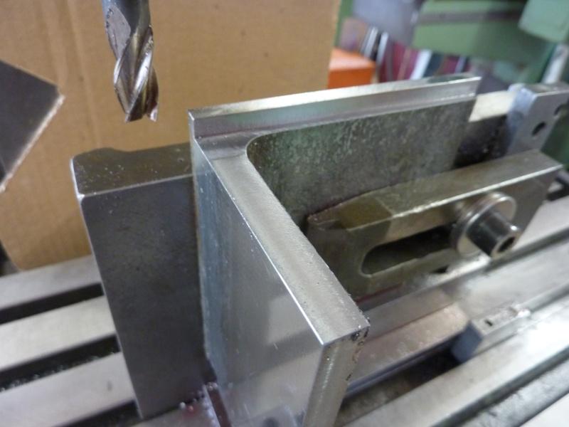 Fabrication d'une platine avec coulisses et vis-mère pour établi ! P1010639