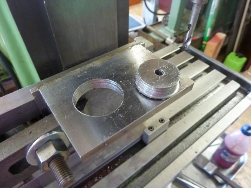 Fabrication d'une platine avec coulisses et vis-mère pour établi ! P1010644