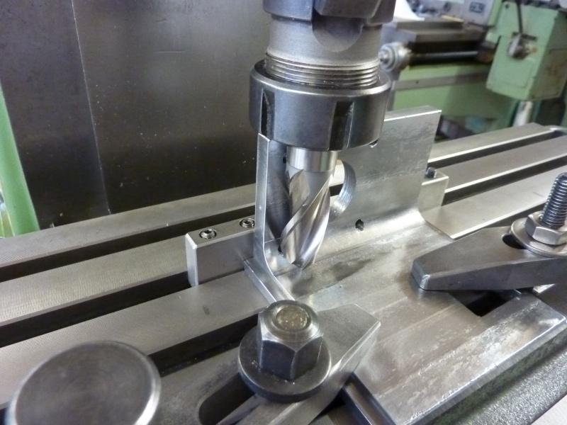 Fabrication d'une platine avec coulisses et vis-mère pour établi ! P1010651