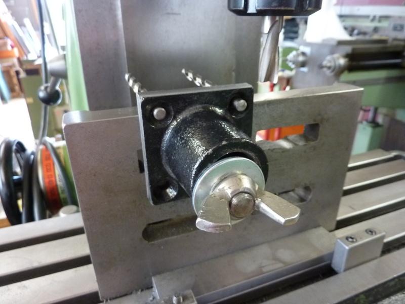 Fabrication d'une platine avec coulisses et vis-mère pour établi ! P1010659