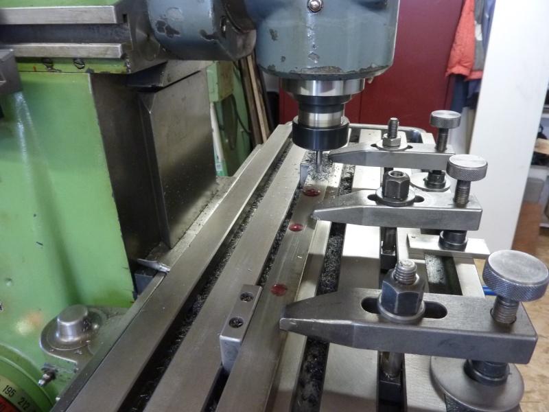 Fabrication d'une platine avec coulisses et vis-mère pour établi ! P1010715