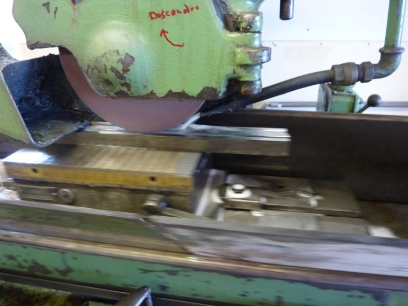 Fabrication d'une platine avec coulisses et vis-mère pour établi ! P1010719