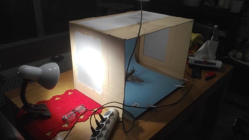 une boite à lumière peu couteuse Img_2014