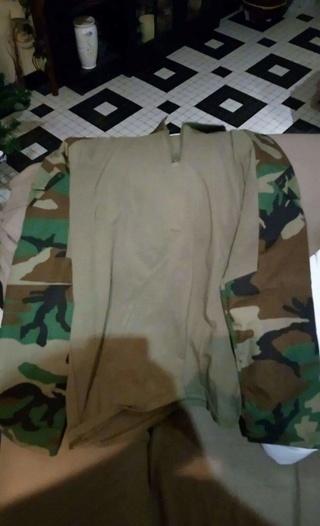 Combat shirt woodland xl-xxl avec pads  Receiv14