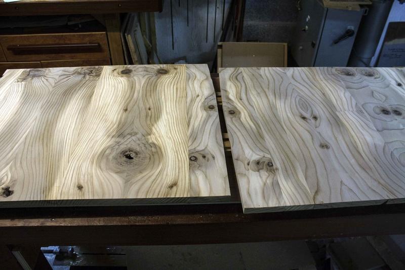 [Fabrication] Un habillage de cheminée en cèdre Facade10