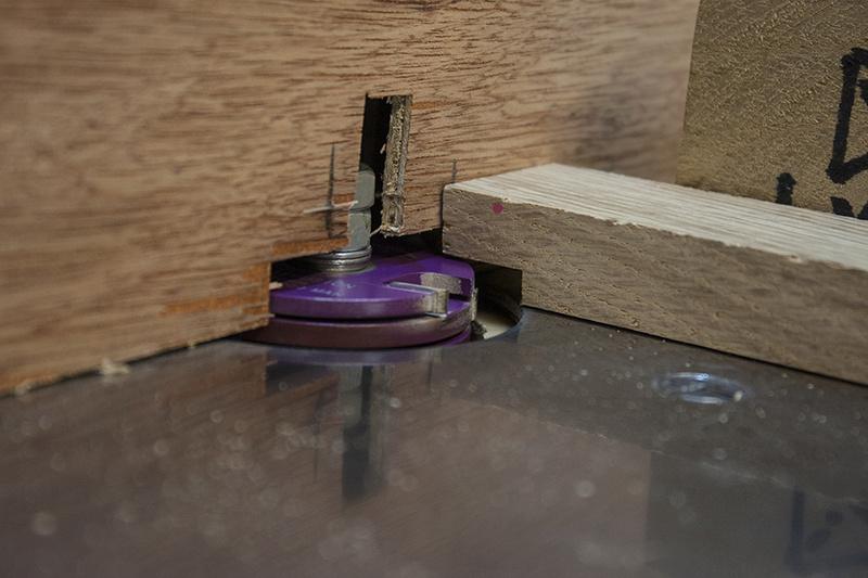 [Fabrication] Un habillage de cheminée en cèdre - Page 3 Plateb10