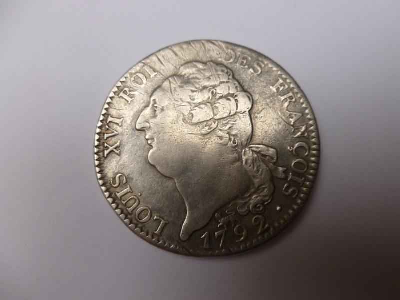 Cet écu de Louis XVI au génie, vous paraît-il authentique ? Port_110