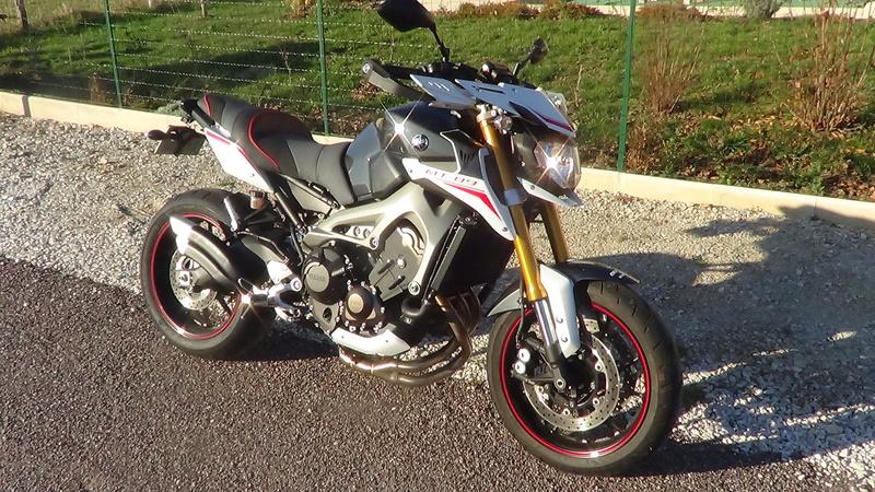 Photos de toutes les Yamaha MT-09 du forum ! :) - Page 23 Dsc03318
