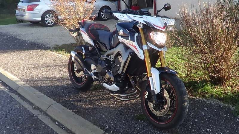 Photos de toutes les Yamaha MT-09 du forum ! :) - Page 23 Dsc03319