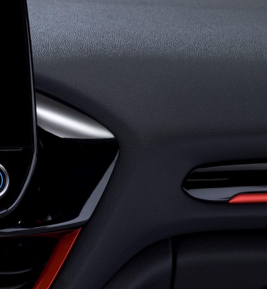 2017 - [Ford] Fiesta MkVII  - Page 12 Plasti10