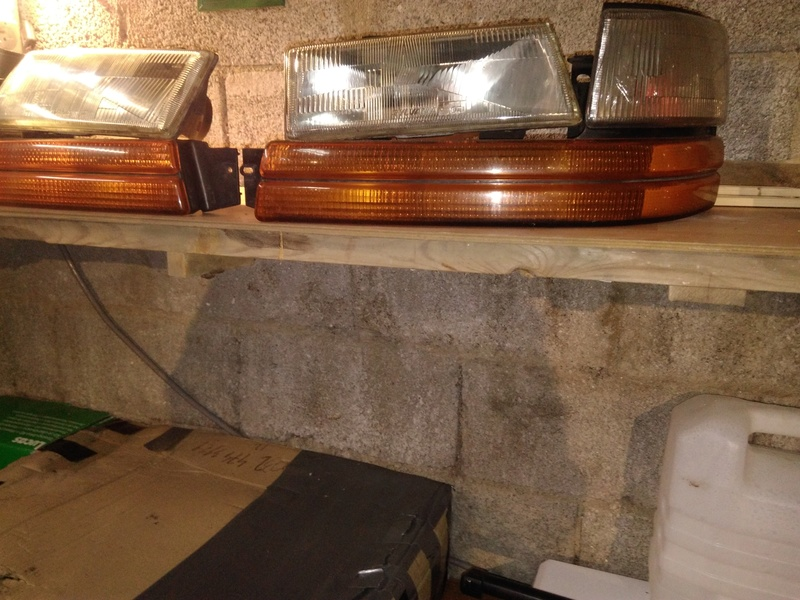 vend phare avant en vitre (rare) schrysler s2 phare réserver Img_2029