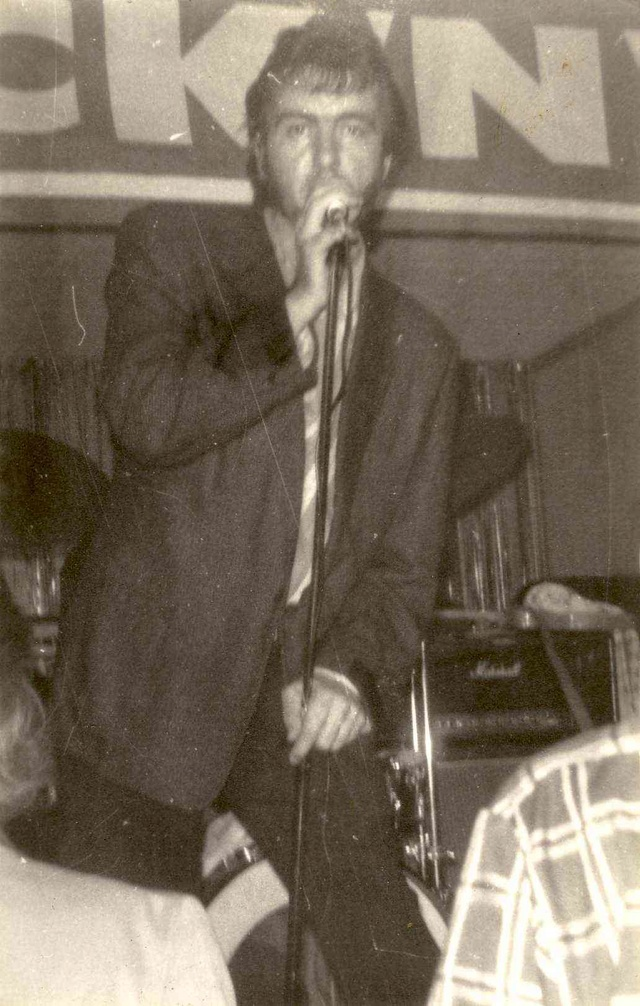 Crazy Cavan and the Rhythm Rockers - Page 4 I7a88i10