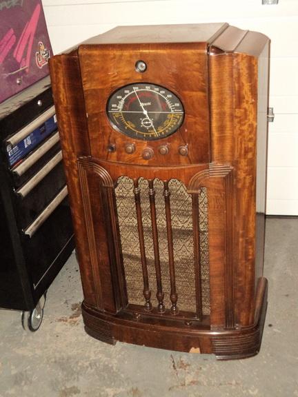 Marconi  model 85 Dsc00029