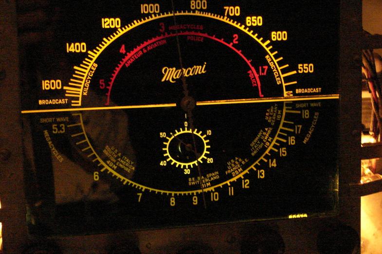 Marconi  model 85 Dsc04710