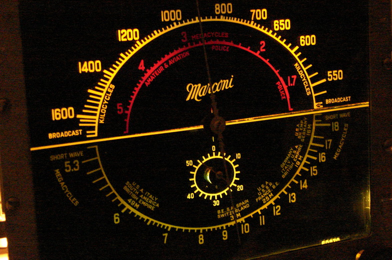 Marconi  model 85 Dsc04711