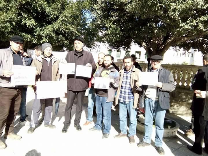 Rassemblement pour sauver le Dr Fekhar et ses compagnons à Aokas 28 janvier 2017 1319