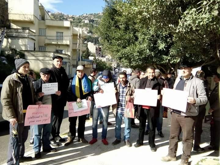 Rassemblement pour sauver le Dr Fekhar et ses compagnons à Aokas 28 janvier 2017 1324