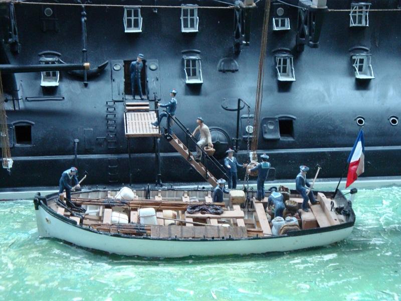 diorama: le cuirassé BOUVET au mouillage en rade de Lorient Dsc05863