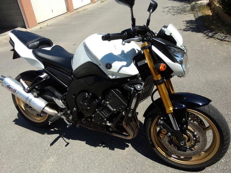[VENDUE] Vends Yamaha FZ8 P6072920