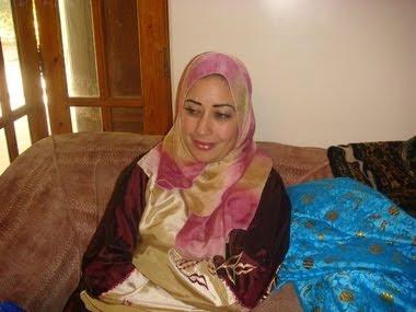 حوار مع عائشة بولحوجات Dsc01710
