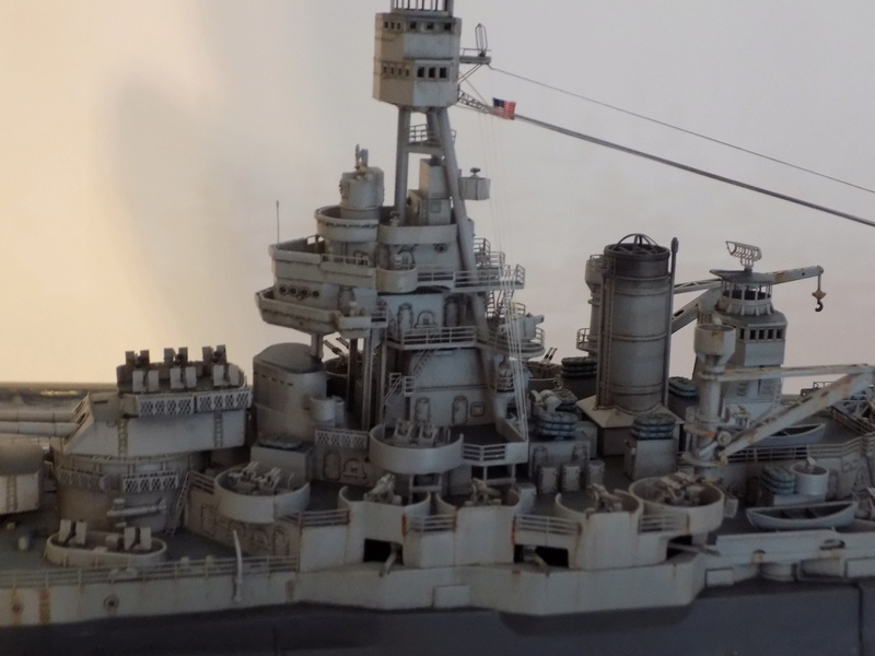 USS TEXAS 1/350 TRUMPETER Dscn0227