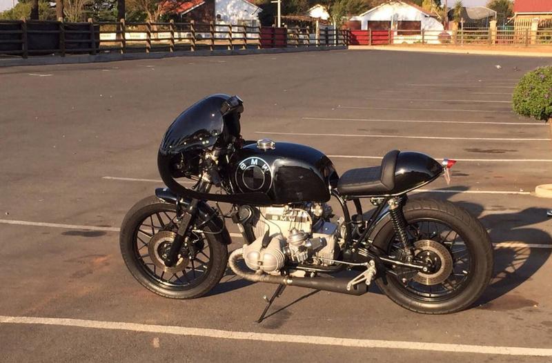 C'est ici qu'on met les bien molles....BMW Café Racer - Page 3 2911