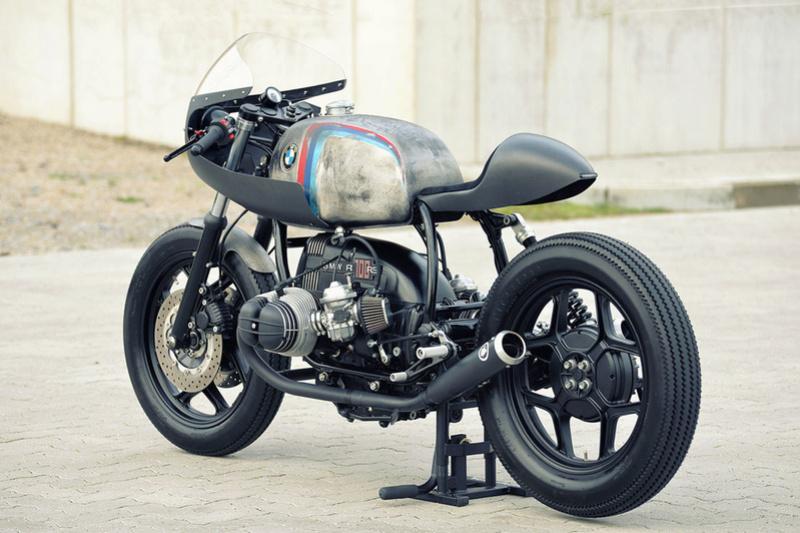 C'est ici qu'on met les bien molles....BMW Café Racer - Page 2 3010
