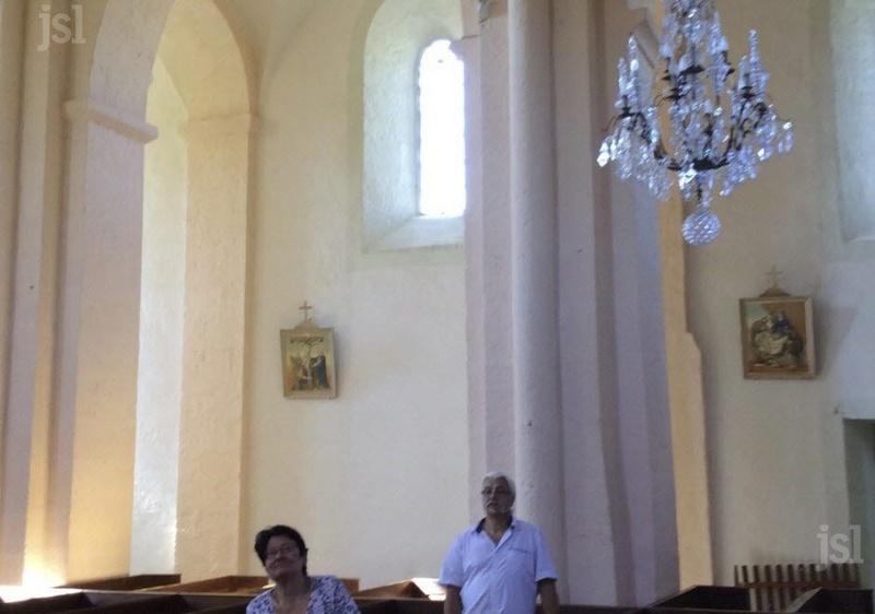 Une forte mobilisation autour de l'église Les-tr10