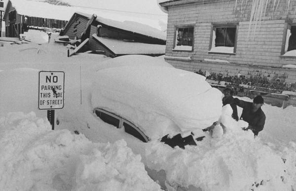 voitures et neige, cars and snow Eb4f1110