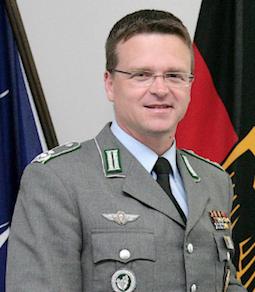 Armée Allemande (Bundeswehr) - Page 7 0a110