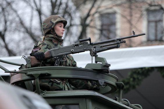 l'Armée Lettone \ Latvian Armed Forces - Page 2 1121