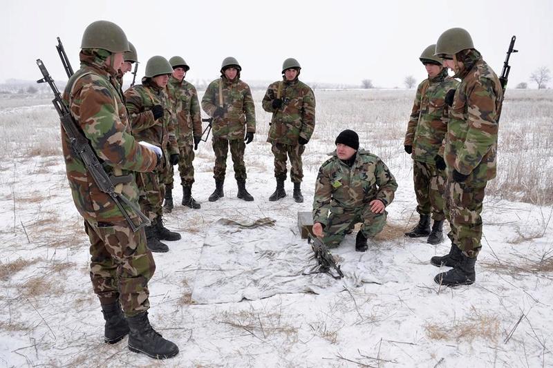 Forces armées moldaves - Page 2 1326