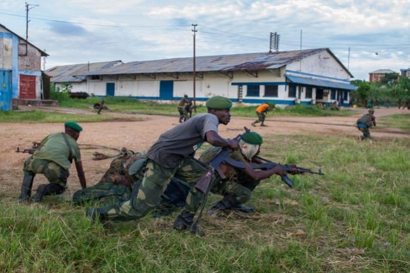 Forces Armées de la République Démocratique du Congo (FARDC) - Page 4 1610