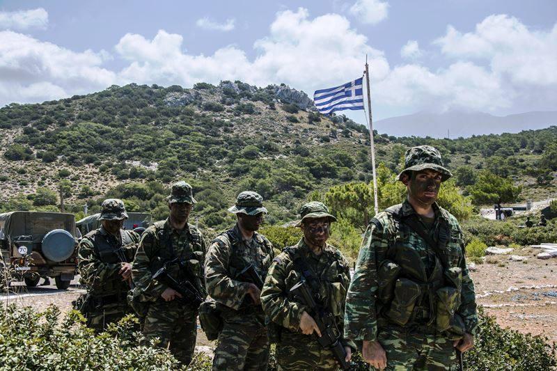 Forces armées grecques/Hellenic Armed Forces - Page 26 1748