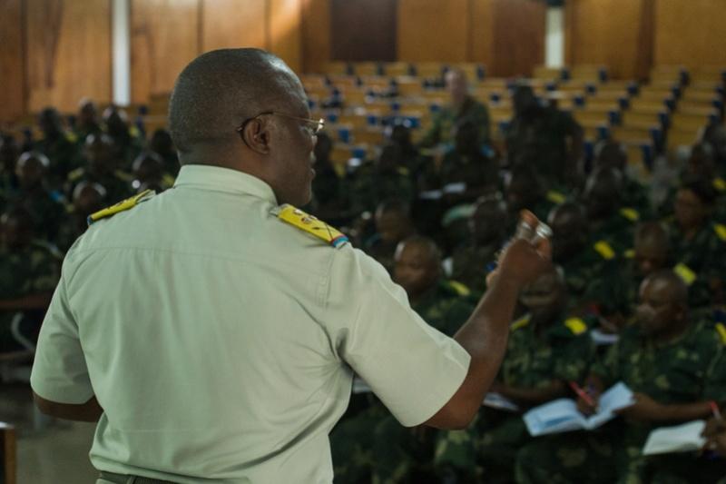 Forces Armées de la République Démocratique du Congo (FARDC) - Page 4 425