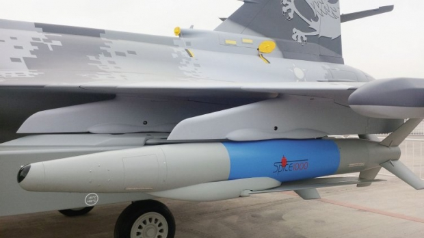 Saab: présentation du futur Gripen - Page 3 6346