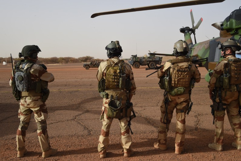Intervention militaire au Mali - Opération Serval - Page 12 6422