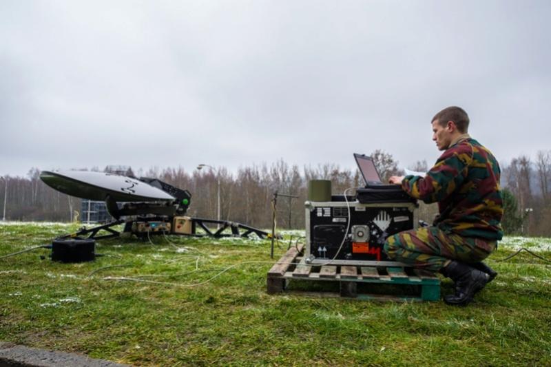 Armée Belge / Defensie van België / Belgian Army  - Page 7 6665