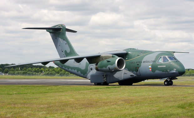 Avions de transport tactique/lourd - Page 6 6769