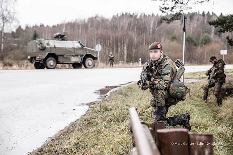 Armée Belge / Defensie van België / Belgian Army  - Page 7 7033