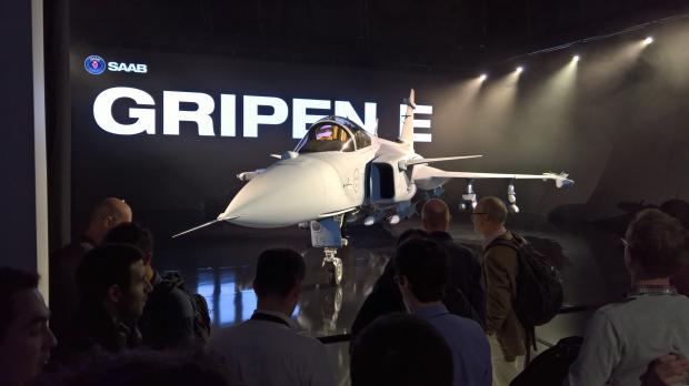 Saab: présentation du futur Gripen - Page 3 7049