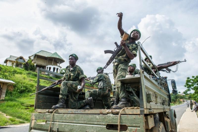 Forces Armées de la République Démocratique du Congo (FARDC) - Page 4 711