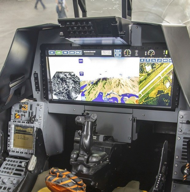Saab: présentation du futur Gripen - Page 3 7241