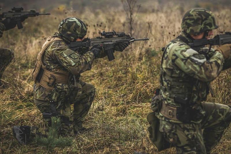 Armée tchèque/Czech Armed Forces - Page 9 7527